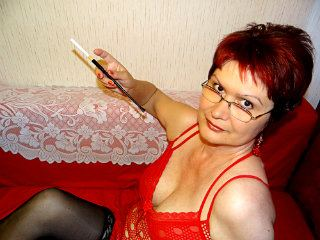 1 on 1 with Grandma MadameBonBonXXX wants fingering entertainment