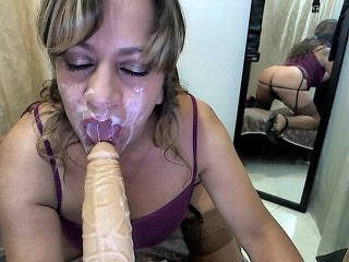 Mobile sex chat with Grannie submis_diana needs filthy play time