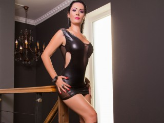 Cam 2 cam with Stringent Whore DianaCollins needs online entertainment