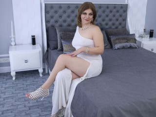 Real time chat with Grannie ExoticGiselle looking for wanking play time